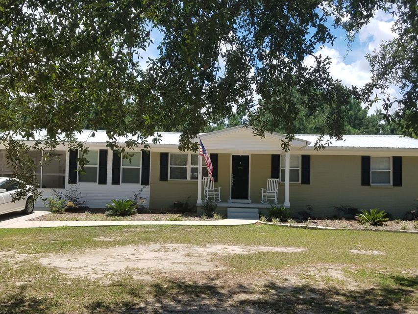 Photo of 7797 LAKE SEMINOLE ROAD Sneads FL 32460