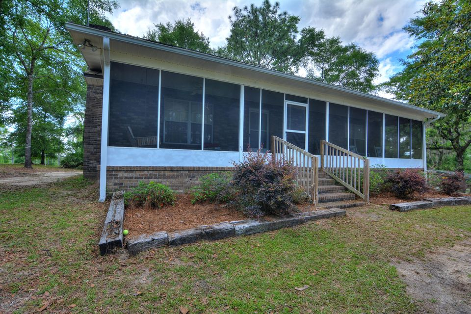 Photo of 5008 BURNS LAKE Road Caryville FL 32427