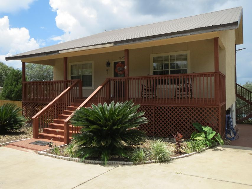 Photo of 4427 LEISURE LAKES Drive Chipley FL 32428