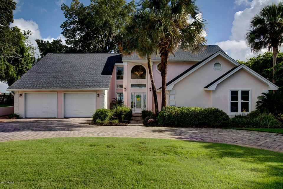 Photo of 1818 COUNTRY CLUB Drive Lynn Haven FL 32444
