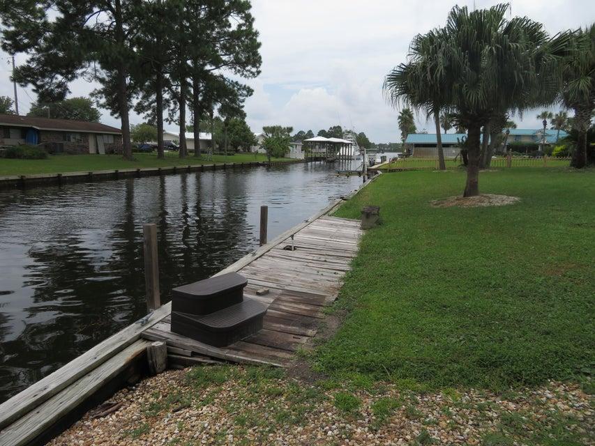 Photo of 725 BEACHCOMBER Drive Lynn Haven FL 32444
