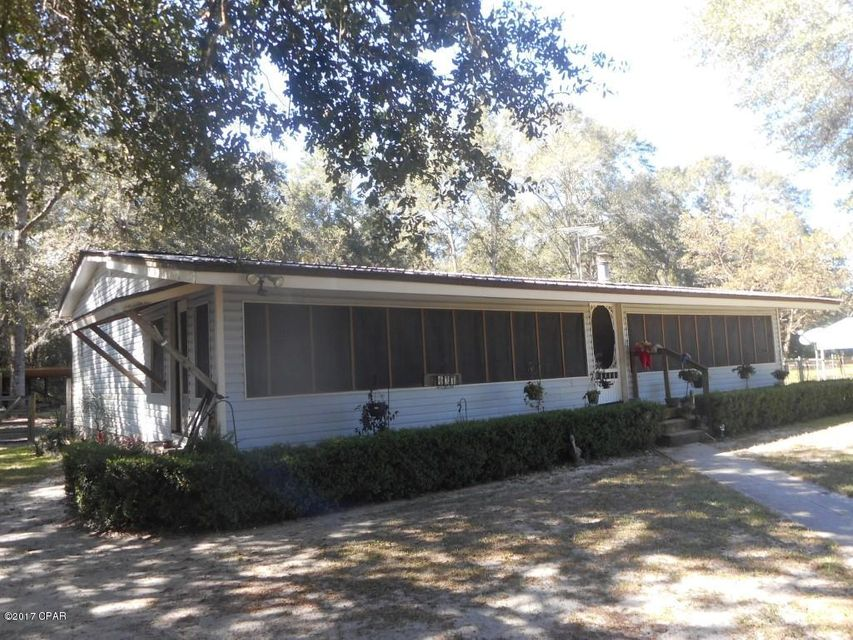Photo of 137 HIGHWATER Road Wewahitchka FL 32465