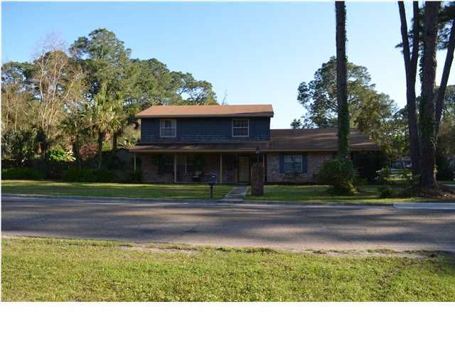 Photo of 909 GARDEN CLUB Drive Panama City FL 32401