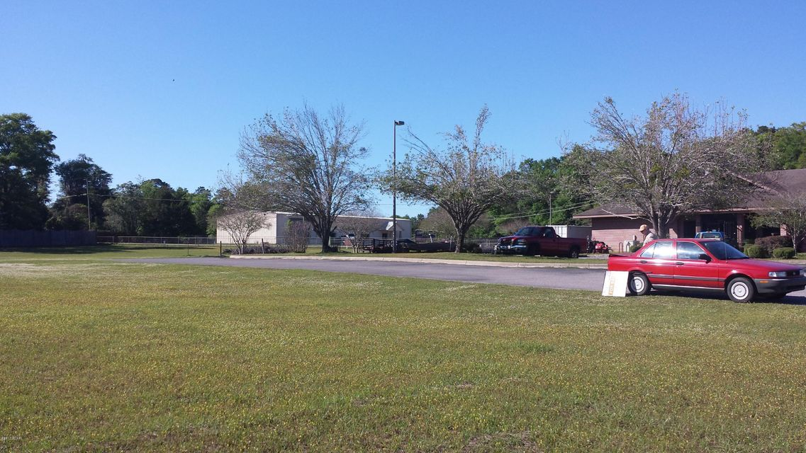 Photo of 0000 COMMERCIAL PARK Drive Marianna FL 32446