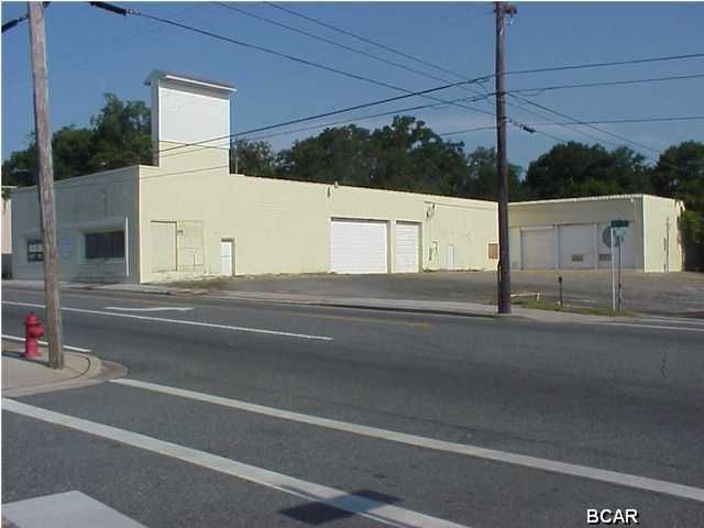 325 6th Street, Panama City, FL 32401