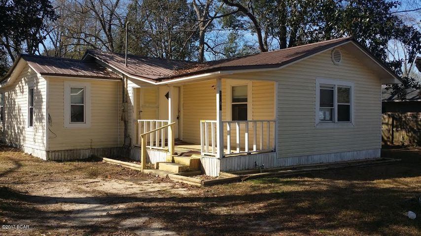1343 ESTELLE Avenue, Chipley, FL 32428