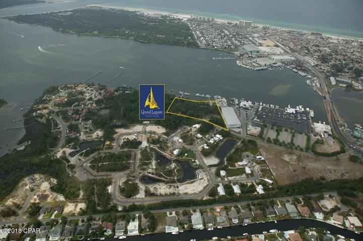 5201 N LAGOON Drive, Panama City Beach, FL 32408
