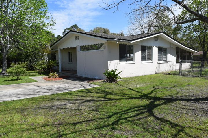 319 MONTANA Avenue, Lynn Haven, FL 32444