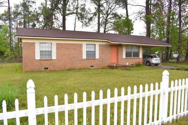 1236 Grace Avenue, Chipley, FL 32428