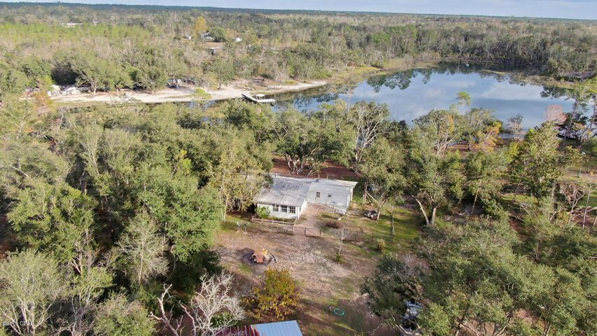 782 S Silver Lake Road, Fountain, FL 32438