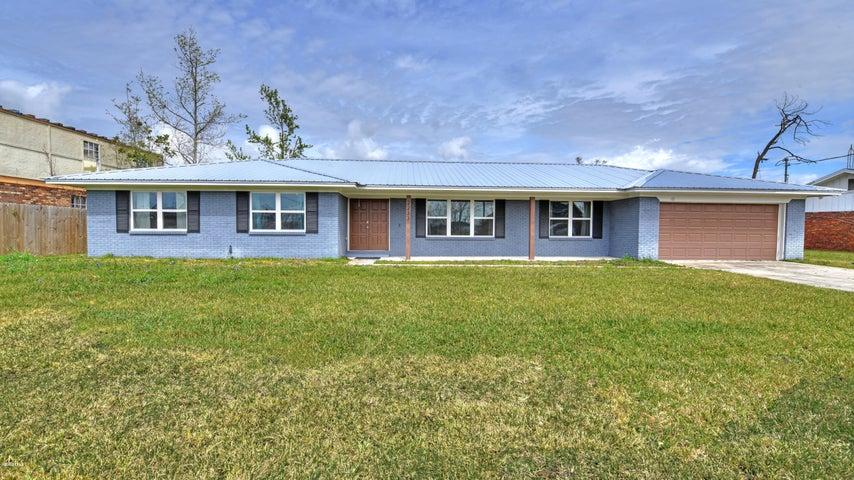 2233 Amhurst Drive, Lynn Haven, FL 32444