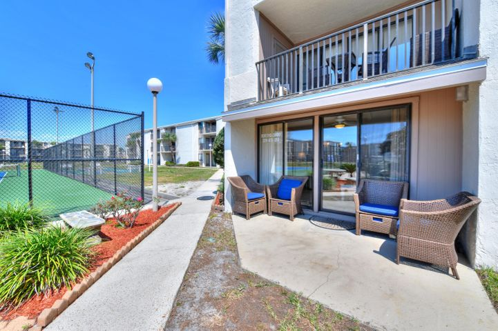 8727 Thomas Drive, D14, Panama City Beach, FL 32408