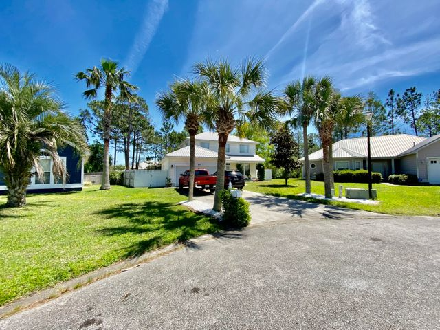 802 Lyndell Way, Panama City Beach, FL 32407