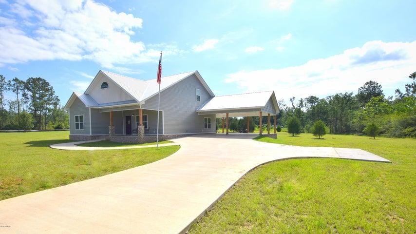 503 Lakepointe Drive, Chipley, FL 32428