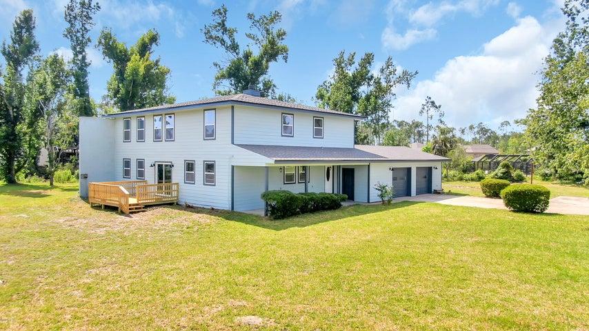 4305 Pine Tree Lane, Lynn Haven, FL 32444