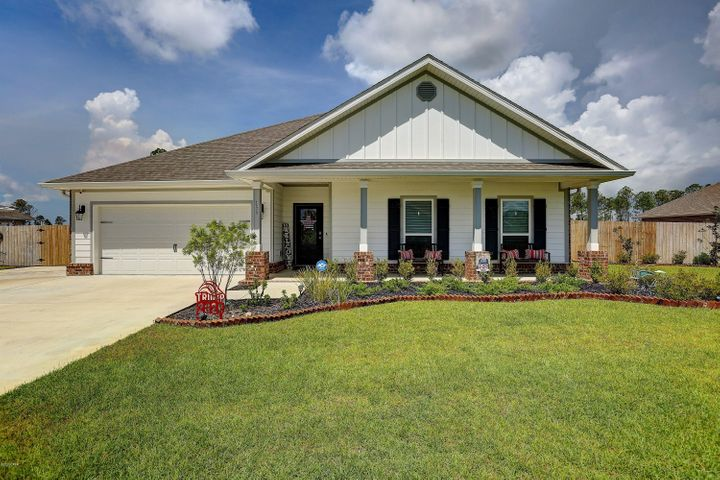 155 Confidence Way, Southport, FL 32409