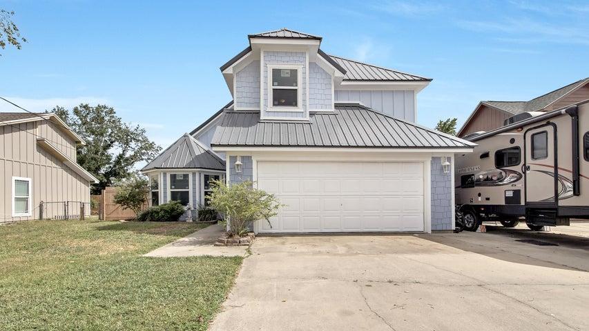 508 Krystal Lane, Lynn Haven, FL 32444