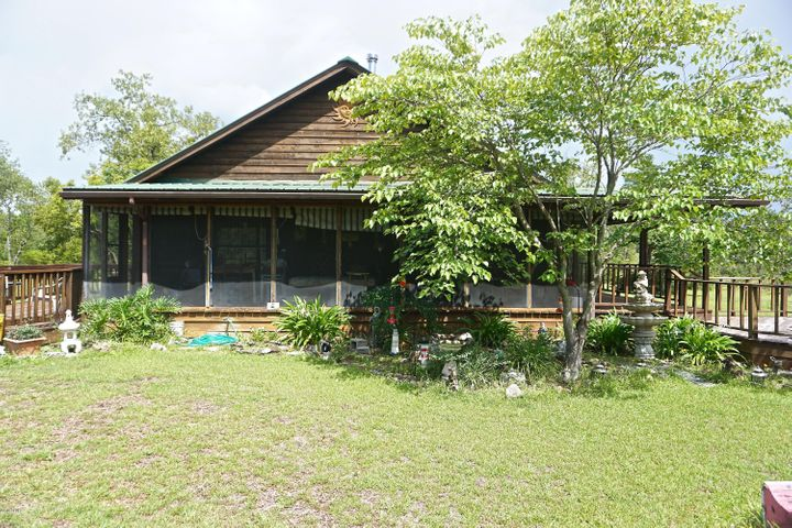 289 Horse Farm Road, Marianna, FL 32448