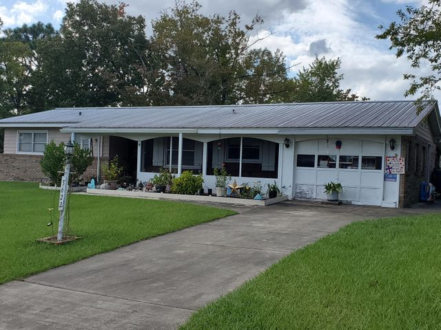 3622 Westbrook Drive, Chipley, FL 32428