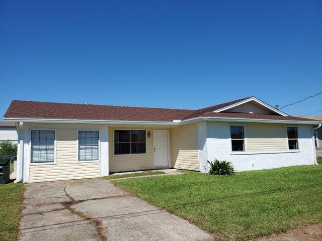 606 E Pine Forest Drive, Lynn Haven, FL 32444