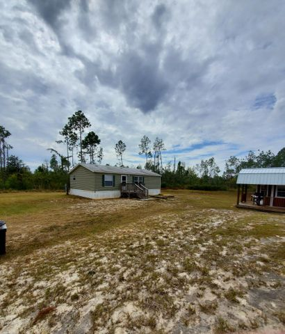 18005 Forest Drive, Fountain, FL 32438