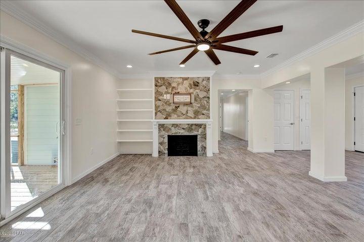 1277 S South Boulevard, Chipley, FL 32428