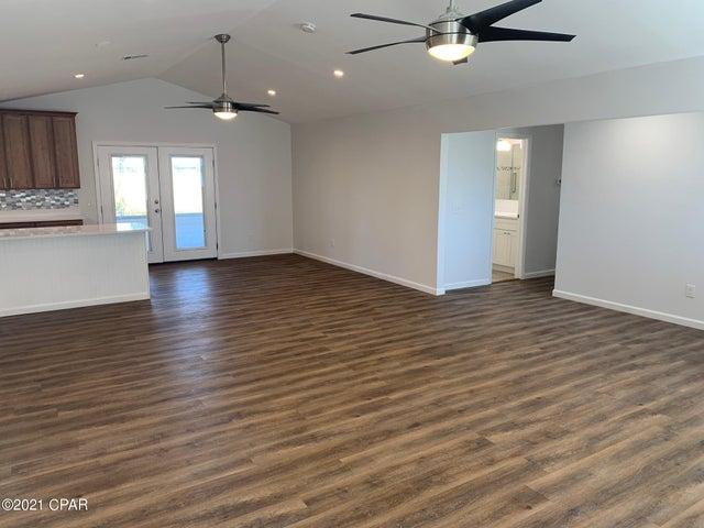370 Bell Circle, Lynn Haven, FL 32444