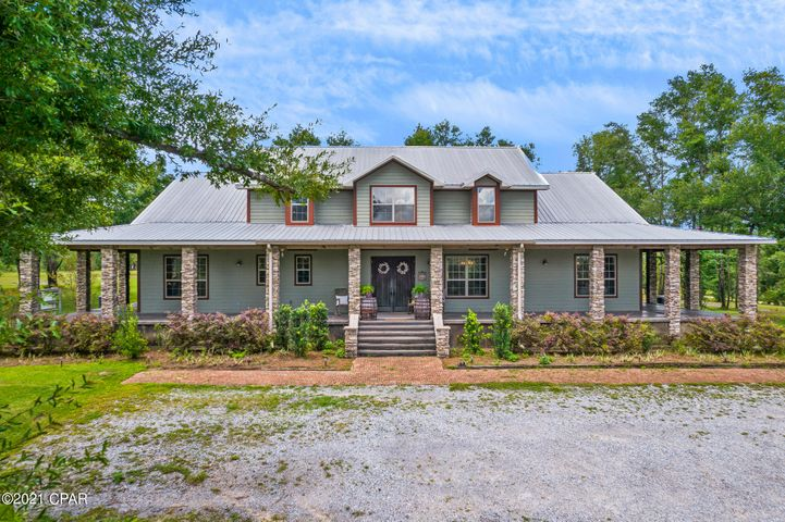 3841 NW Twin Ponds Road, Fountain, FL 32438