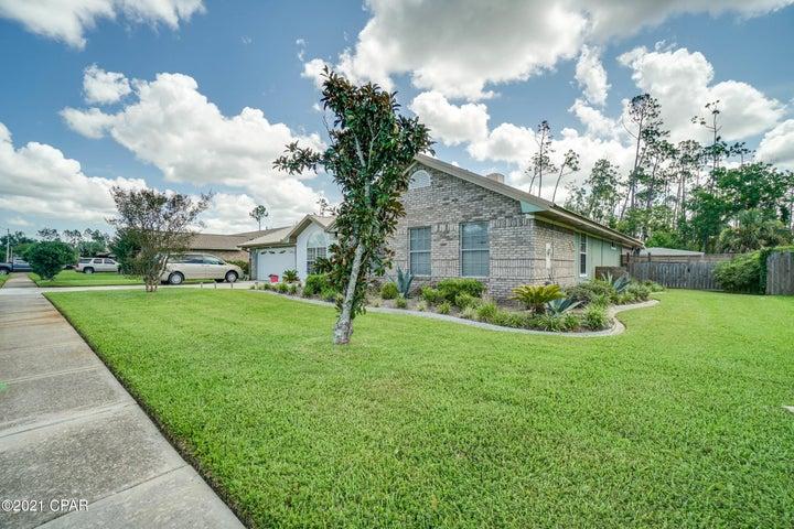 825 Plantation Way, Panama City, FL 32404