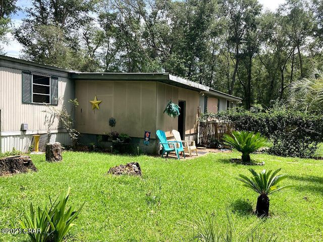 4724 Moss Hill Road, Chipley, FL 32428