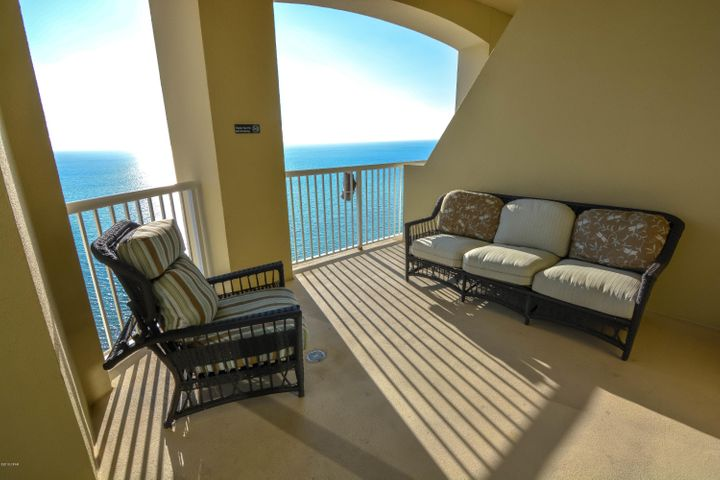 Teeming VR reported $68.1K Gross Rental Income in 2019. This East Corner Penthouse unit has an excellent vistas of the Gulf of Mexico and West Bay. Tile flooring decors the common living areas & bathrooms, while hardwood flooring adorns the bedrooms. There is a large, open, chef's Kitchen with granite counters, stainless steel appliances & a large wet island/breakfast bar. A banquet sized dining room features a wet bar/butler pantry. The owner's suite has its own private, gulf-side balcony. The owner's en-suite bathroom features a granite double vanity, tiled shower & separate, jetted, garden tub. One of the guest bedrooms has it's own private balcony with a 270 degrees of exquisite views. The elevator is coded for security & the Grand Panama Resort has a plethora of amenities.