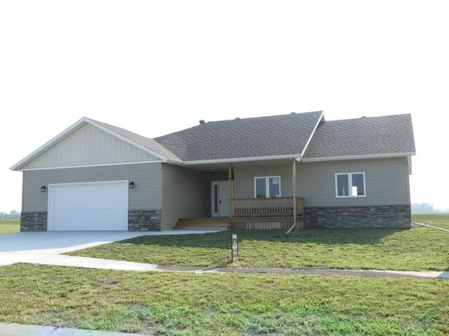 210 16th St N, Breckenridge, MN 56520