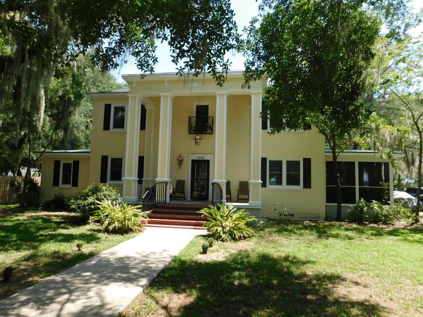 1206 Richmond Avenue, Port Royal, SC 29935