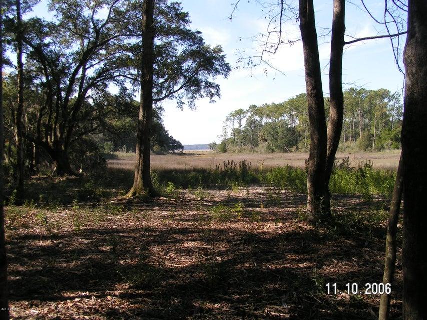 Photo of 35 Grove Road, Beaufort, SC 29907