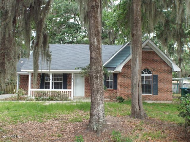 2404 Grinkley Court, Port Royal, SC 29935