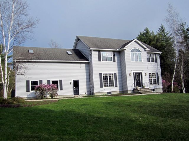 281 Buttermilk Rd, Hinsdale, MA 01235