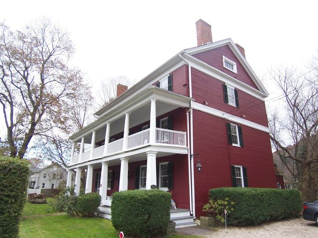 1565 Pleasant St, Lee, MA 01238