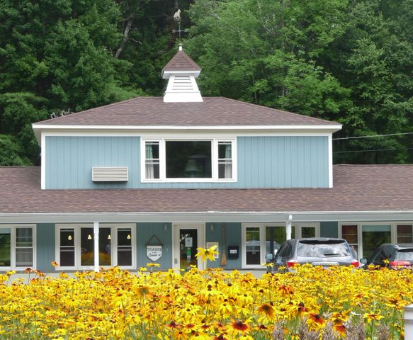 506 Stockbridge Rd, Great Barrington, MA 01230