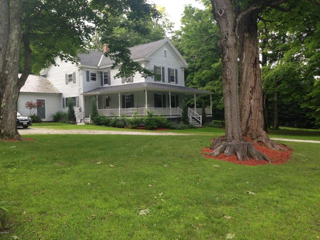 858 West Mountain Rd, Cheshire, MA 01225
