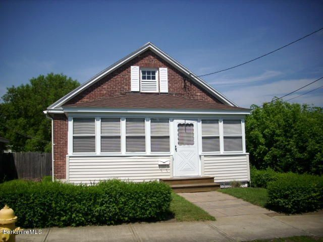 27 Indian St, Pittsfield, MA 01201