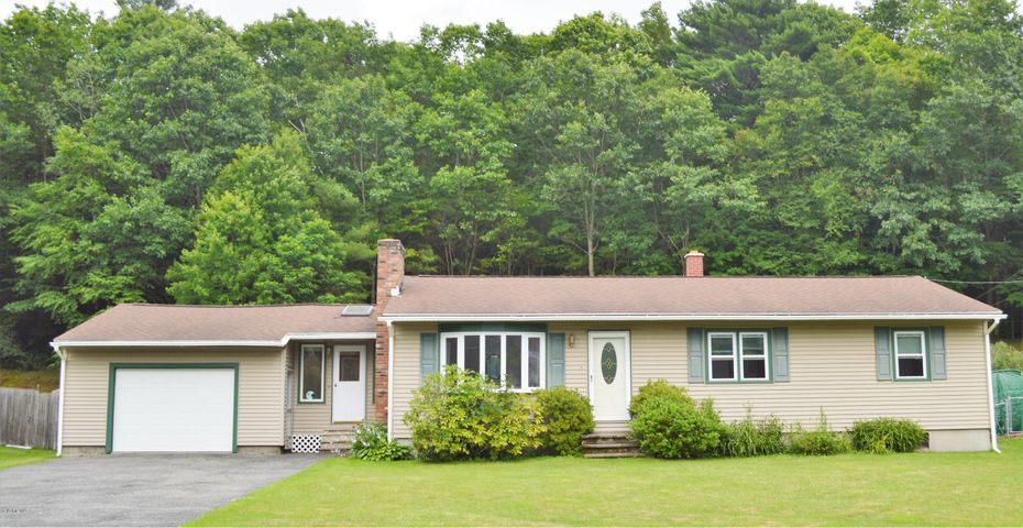 746 Pecks Rd, Pittsfield, MA 01201