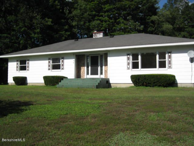 214 Old State Rd, Lanesboro, MA 01224