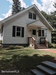 28 Argyle Rd, Pittsfield, MA 01201