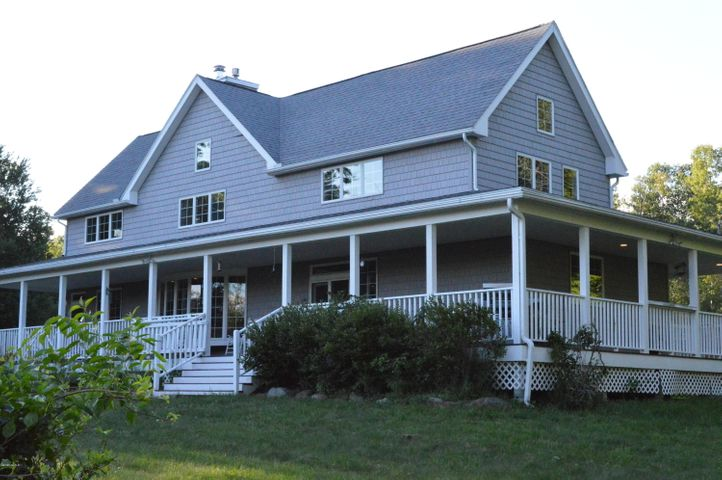 985 LOVERS Ln, Washington, MA 01223