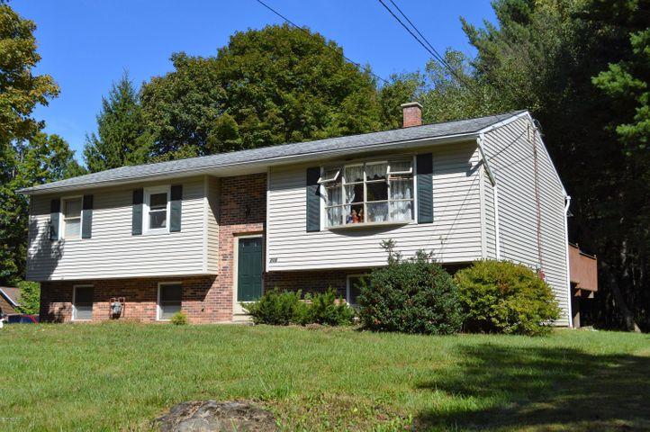 208 Velma Ave, Pittsfield, MA 01201