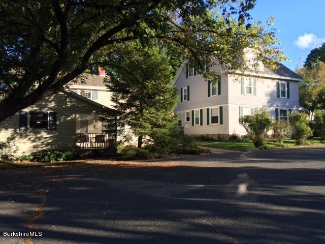 165-167 Main St, Lee, MA 01238