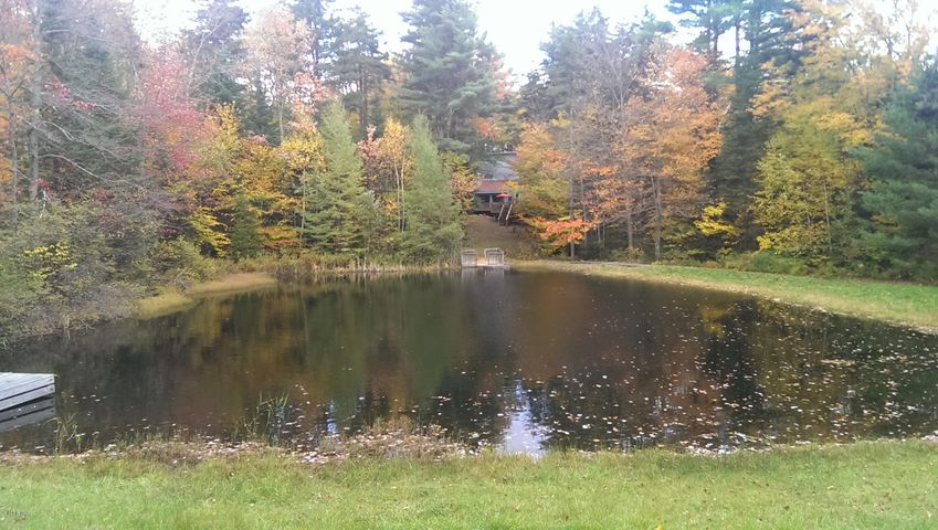 973 Fred Snow Rd, Becket, MA 01223
