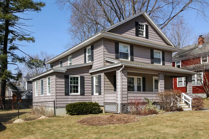 52 Revere Pkwy, Pittsfield, MA 01201