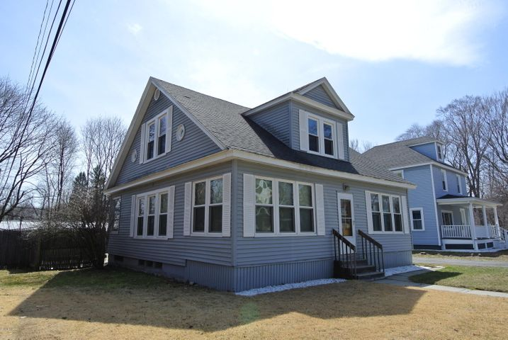 51 Mckinley Ter, Pittsfield, MA 01201