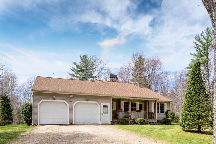 726 Hotchkiss Rd, New Marlborough, MA 01259